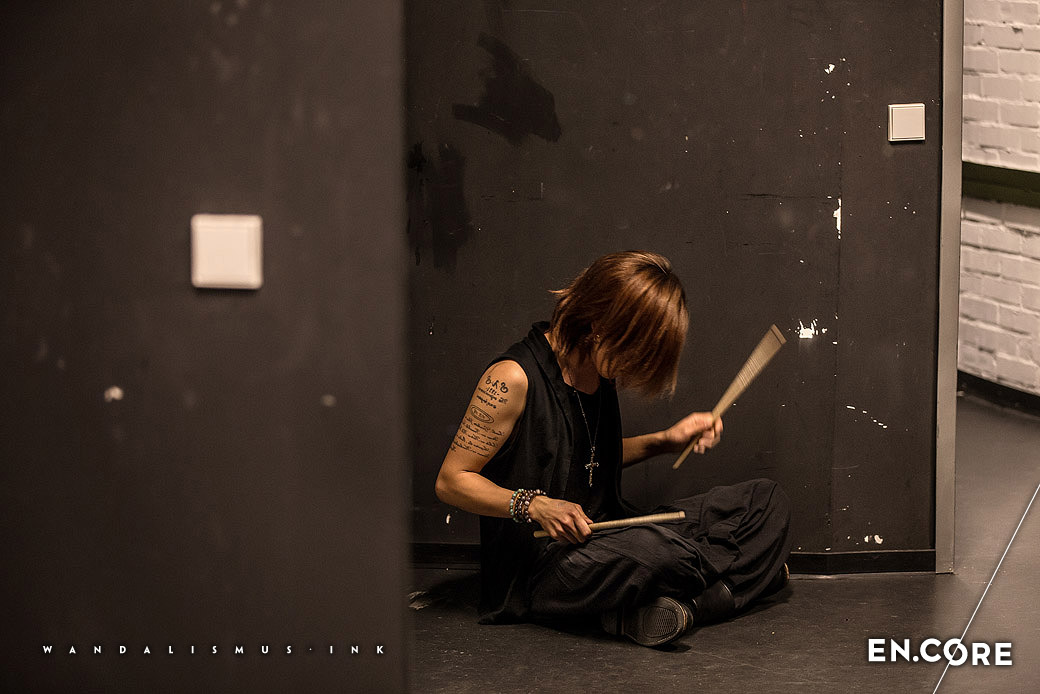 Shuji (GYZE) backstage at Astan Asia Day 2015/10/17 Essen © WANDALISMUS.INK
